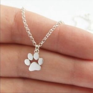NWT Silvertoned Paw Necklace Dog, Cat, Puppy